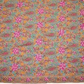 ソズニ刺繍 ジャマワール