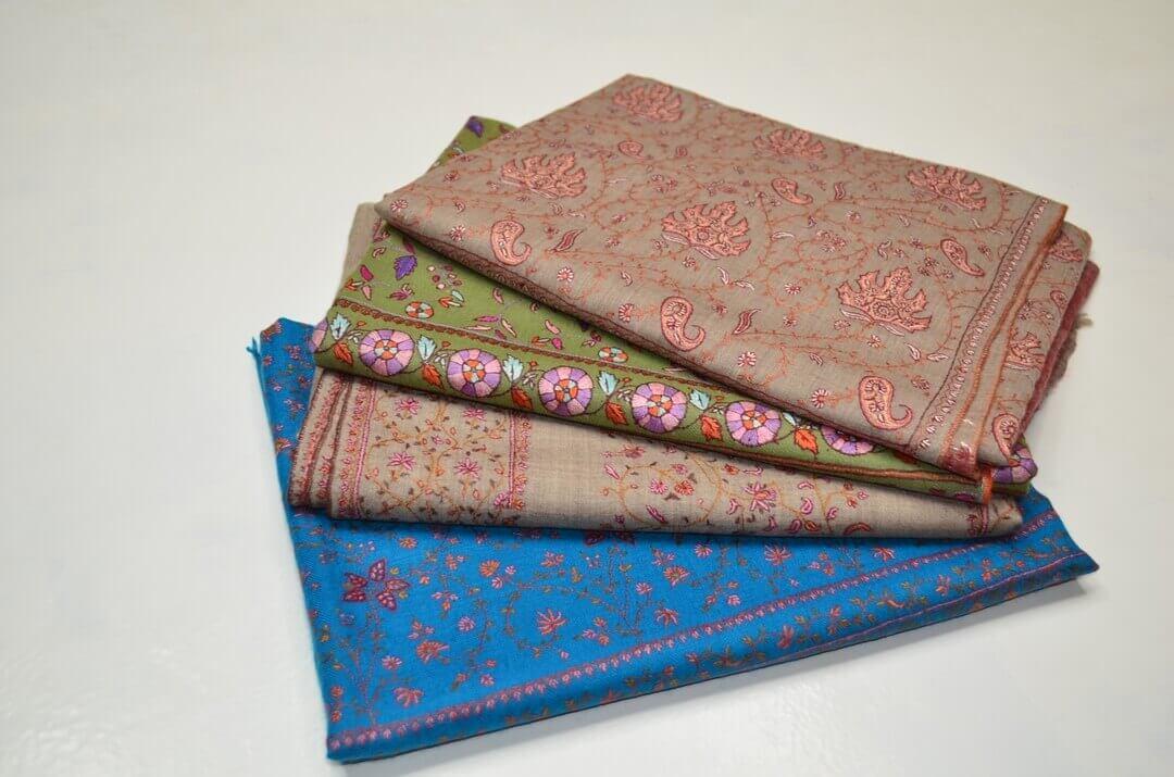 ジャアリ(JALLI)ワーク|ソズニ(SOZNI)刺繍のテクニック|カシミール刺繍