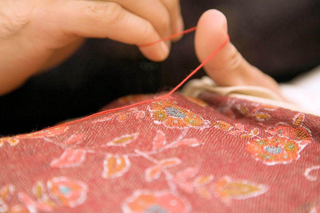 手刺繍の王様 ソズニ(SOZNI)刺繍の秘密|カシミール刺繍