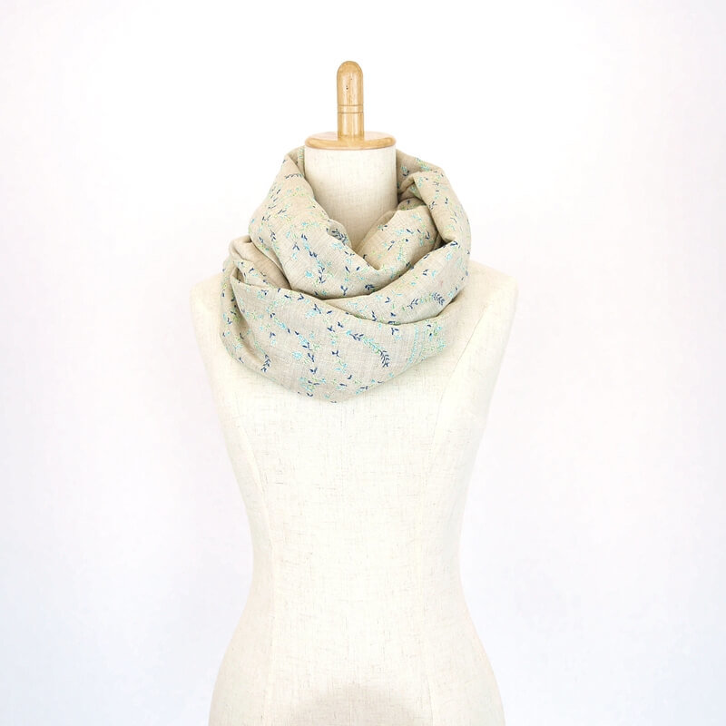 カシミヤ 手織り ストール|ジャアリ刺繍 手刺繍 パシュミナ|生地:ネーチャーカラー|刺繍糸(4色):青/水色/黄色/黄緑色